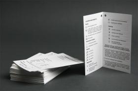Raktárról  kapható papír függő címkék