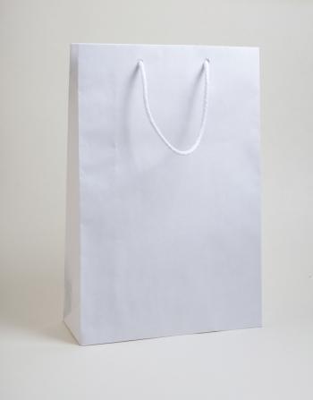 Zsinórfüles papírtáska 24x35x8 cm fehér